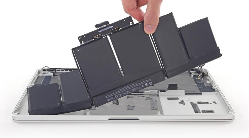 Замена аккумуляторной батареи MacBook / MacBook Pro